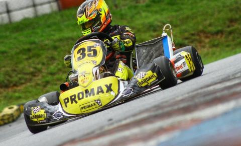 Kart: Pedro Aizza garante lugar no pódio da V11 Aldeia Cup