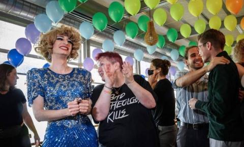 Suíça aprova casamento LGBTQIA+ em referendo, e San Marino descriminaliza aborto