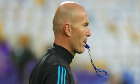 OFICIAL: Zinedine Zidane não é mais técnico do Real Madrid