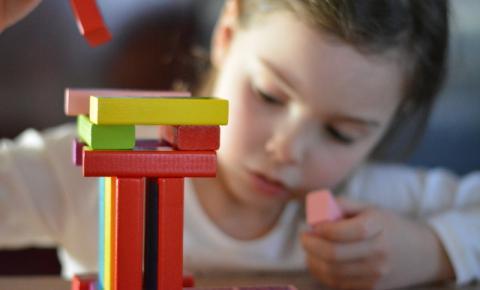 Seis em cada dez paraibanos pretendem presentear no Dia das Crianças, diz Fecomércio